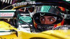 Carlos Sainz ha dejado claro que no tendría que suponer ningún problema ni nada por el estilo que un deportista español mostrase la bandera de su país al finalizar una carrera, cuando es precisamente lo que representa en un campeonato del mundo como el de la Fórmula 1. (Getty)