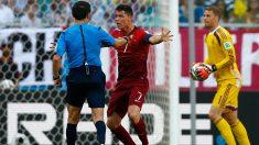 Mazic desató el enfado de Cristiano en el Mundial 2014 tras expulsar a Pepe. (Getty)