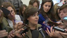 Soraya Sáenz de Santamaria, vicepresidenta del Gobierno, en los pasillos del Congreso. (EP)