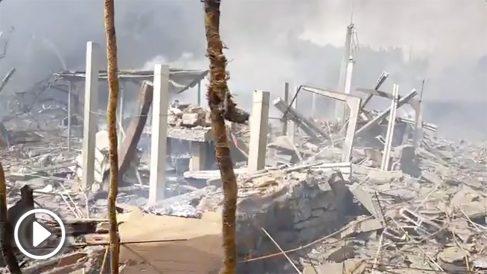 Así ha quedado la aldea de Paramos, en Tui (Pontevedra), tras la explosión de material pirotécnico.