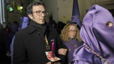 El alcalde de Cádiz, Kichi, durante las celebraciones de Semana Santa.