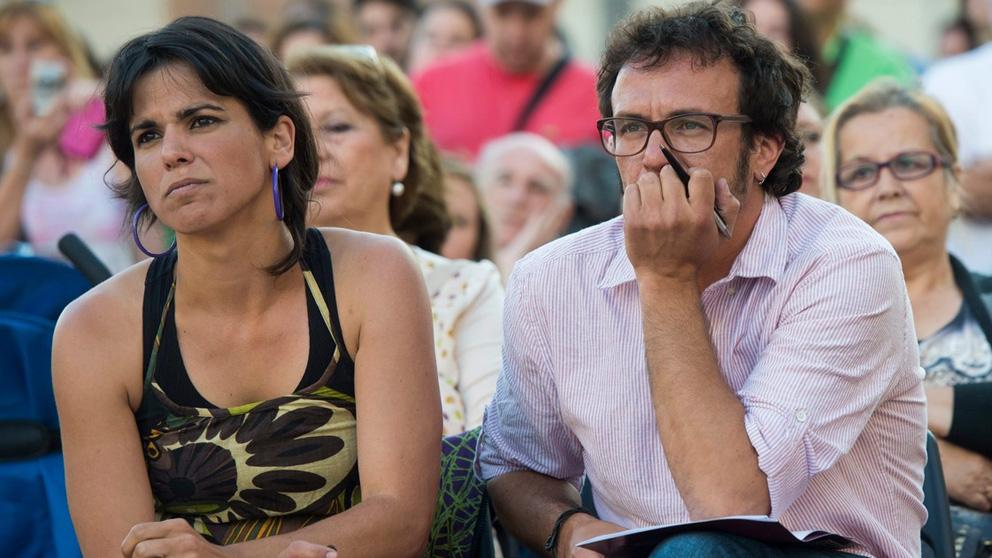 La líder de Anticapitalistas, Teresa Rodríguez, y el alcalde de Cádiz, José María González 'Kichi'.