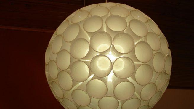 Cómo Hacer Una Lámpara Con Vasos De Plástico Paso A Paso