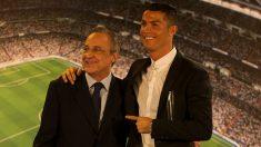 Florentino Pérez y Cristiano Ronaldo. (Getty)