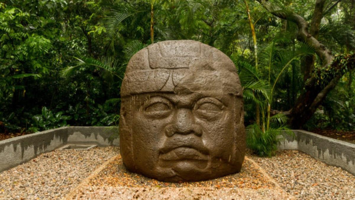 Cabeza colosal de la cultura olmeca