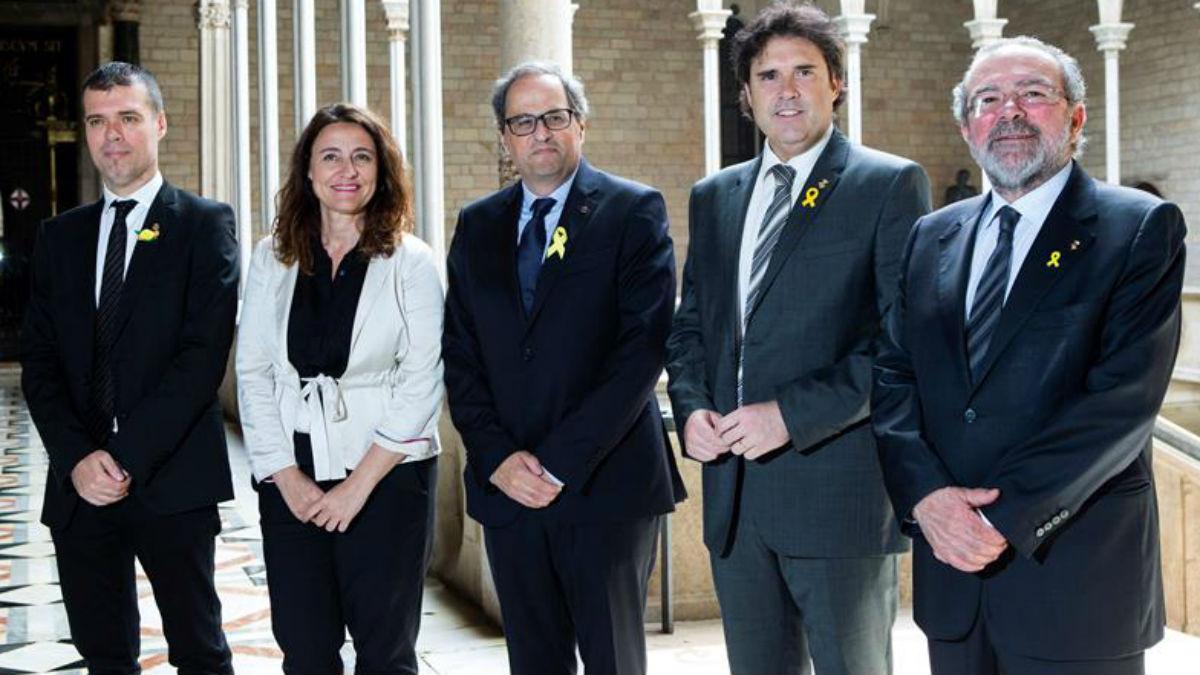 Torra con los presidentes de las diputaciones (EFE):