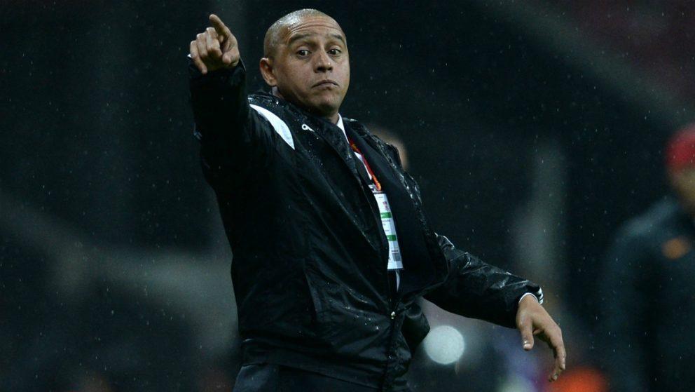 Roberto Carlos, durante su etapa como entrenador del Sivasspor turco. (Getty Images)