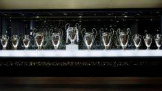 Las doce copas de las Champions League anteriores, en el museo del Bernabéu.
