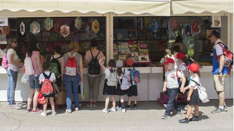 Cómo disfrutar de la Feria del Libro de Madrid con tus hijos