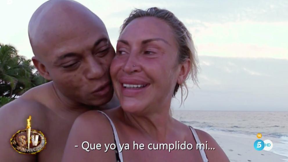 Raquel Mosquera e Isi no han desaprovechado la noche en 'Supervivientes'.