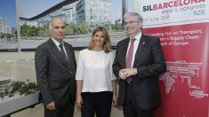 Jordi Cornet, delegado especial del Estado en el Consorci de la Zona Franca de Barcelona y presidente del SIL, Blanca Sorigué, directora general del Consorci de la Zona Franca de Barcelona y del SIL.