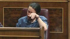 Pablo Iglesias llora durante una sesión de control al Gobierno. (Foto: EFE)