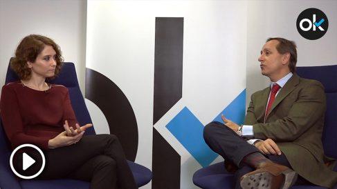 Isabel Díaz Ayuso en la entrevista en OKDIARIO con Carlos cuesta