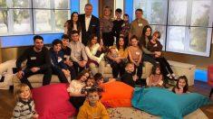 Viral la familia más grande de Reino Unido se amplía. Viene en camino el hijo 21