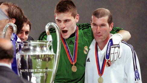 Iker Casillas quiso tener un detalle en las redes sociales con Zidane. (Getty)
