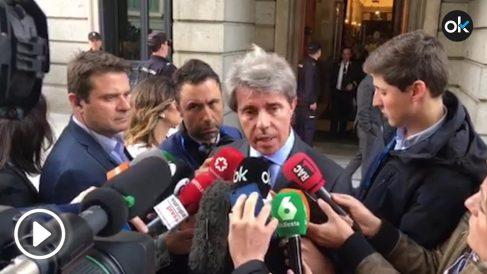 El presidente de la Comunidad de Madrid, Ángel Garrido, tras salir del Congreso