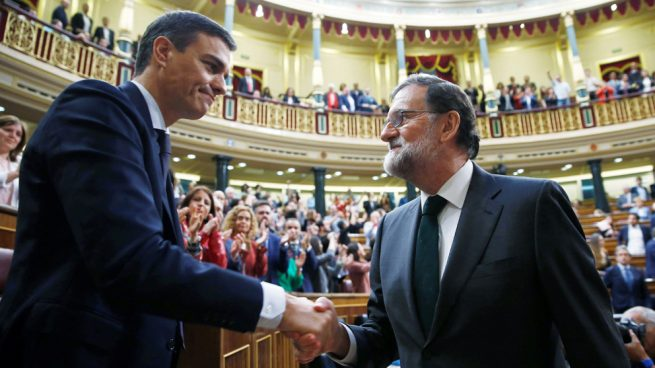 Pedro Sánchez es juramentado como nuevo presidente de España