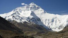 La primera subida al Everest fue histórica por su importancia.