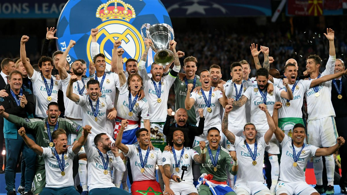 El Real Madrid levanta la Decimotercera.