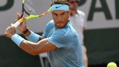 Rafa Nadal durante un partido en Roland Garros. (AFP)