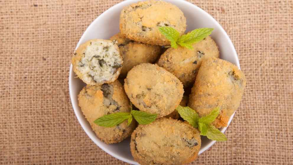 Receta de Croquetas de espinacas y queso azul fácil de preparar