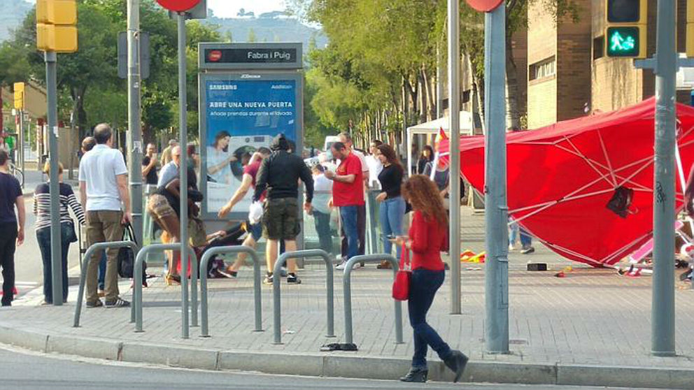 El stand de la selección española atacado en Barcelona en junio de 2016.