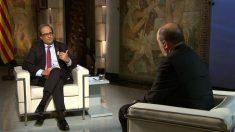 El presidente de la Generalitat, Quim Torra, entrevistado por el director de TV3, Vicent Sanchis.