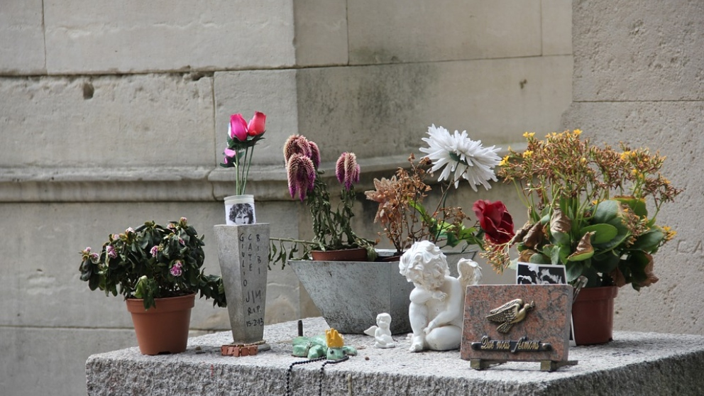 La tumba de Jim Morrison es de las tumbas más visitadas del mundo