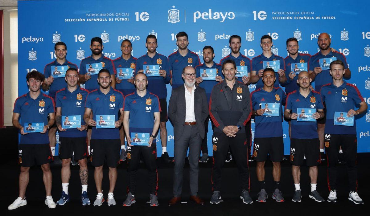 Selección Española de Fútbol y Pelayo.