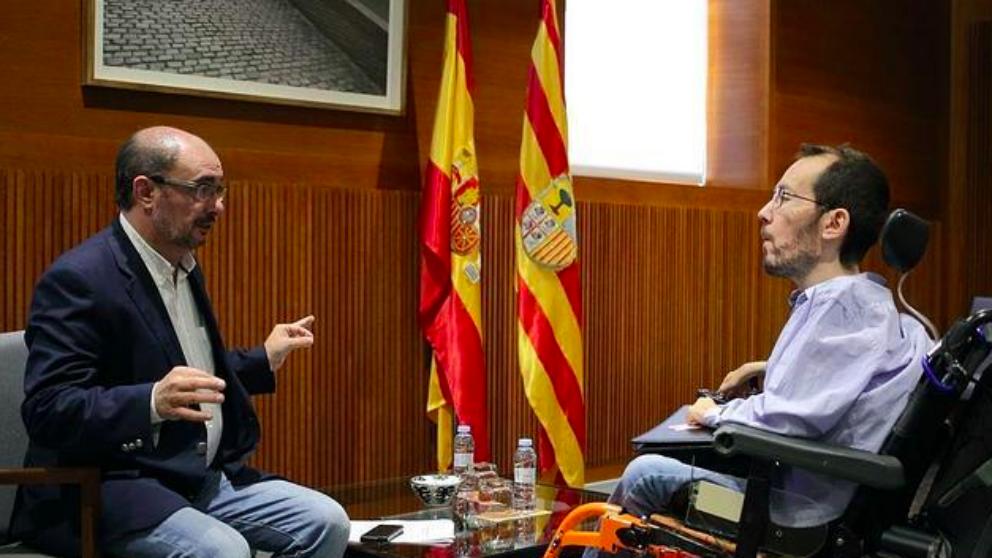 El presidente de Aragón , Javier Lambán (PSOE) con el líder de Podemos Aragón, Pablo Echenique