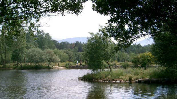 Las mejores piscinas naturales de espa a for Piscinas naturales de rascafria