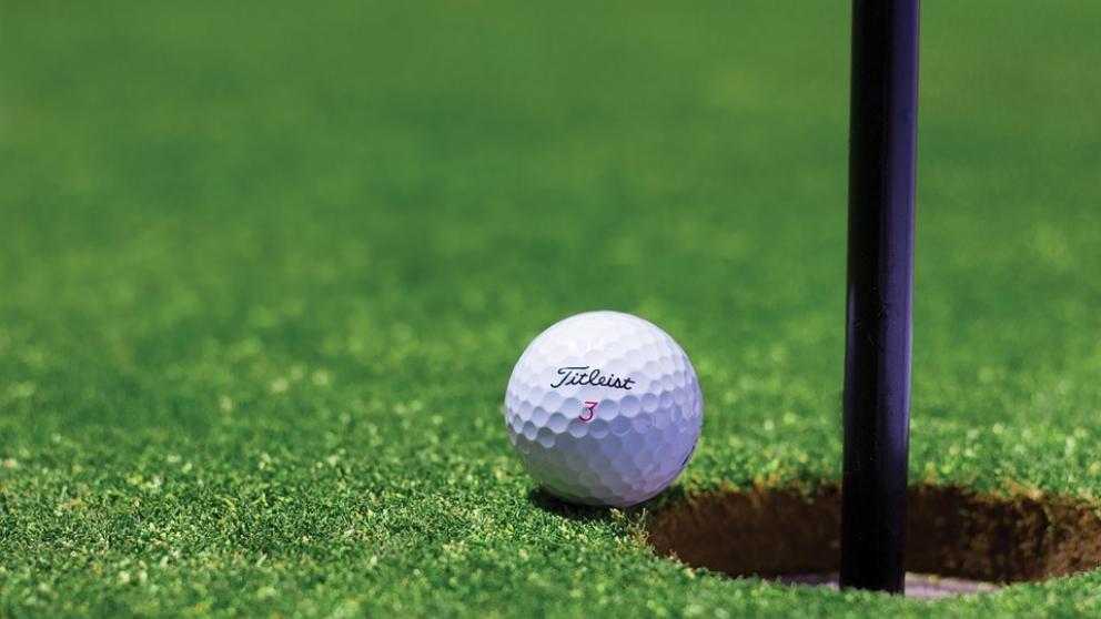 La pelota de golf que tantas pasiones desata