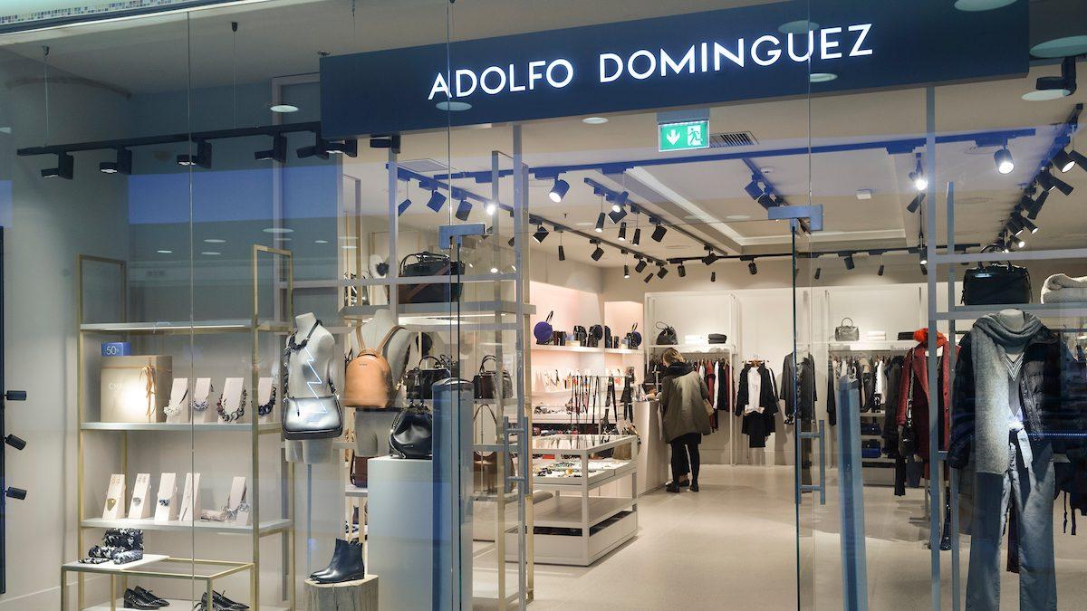 Adolfo Domínguez abrirá 23 tiendas en México tras aliarse con los grandes almacenes El Palacio del Hierro