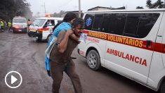 Afectados por la erupción del volcán en Guatemala. (Foto: AFP)