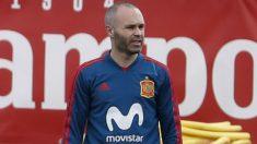 Iniesta durante un entrenamiento con España. (EFE)