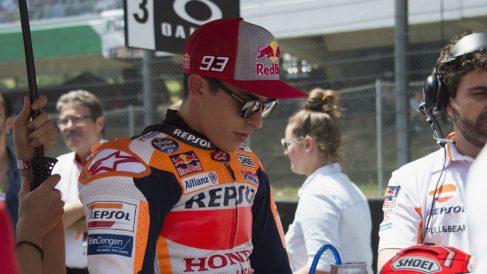 El adelantamiento de Marc Márquez a Danilo Petrucci en los primeros compases del pasado GP de Italia levantó la ira de Claudio Domenicali, el máximo responsable de Ducati. (Getty)