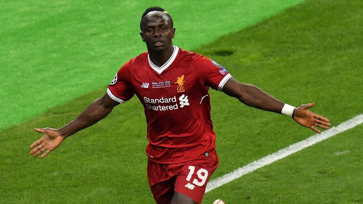 Sadio Mané celebra un gol con el Liverpool. (AFP)