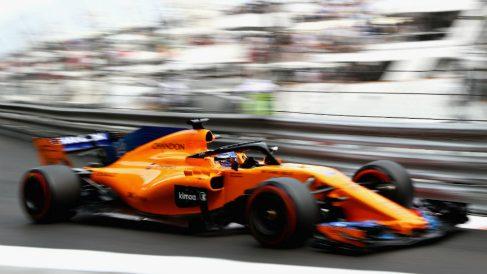 Fernando Alonso podría retirarse a final de temporada, lo que supondría un duro golpe para el equipo McLaren, necesitado ahora más que nunca de un número uno que les guíe. (Getty)