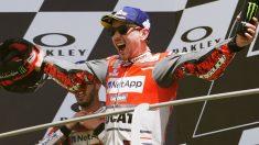 El fichaje de Jorge Lorenzo por Honda ha sido una jugada maestra por ambas partes, uniéndose uno de los pilotos más fuertes del mundial al equipo más poderoso de todos. (Getty)