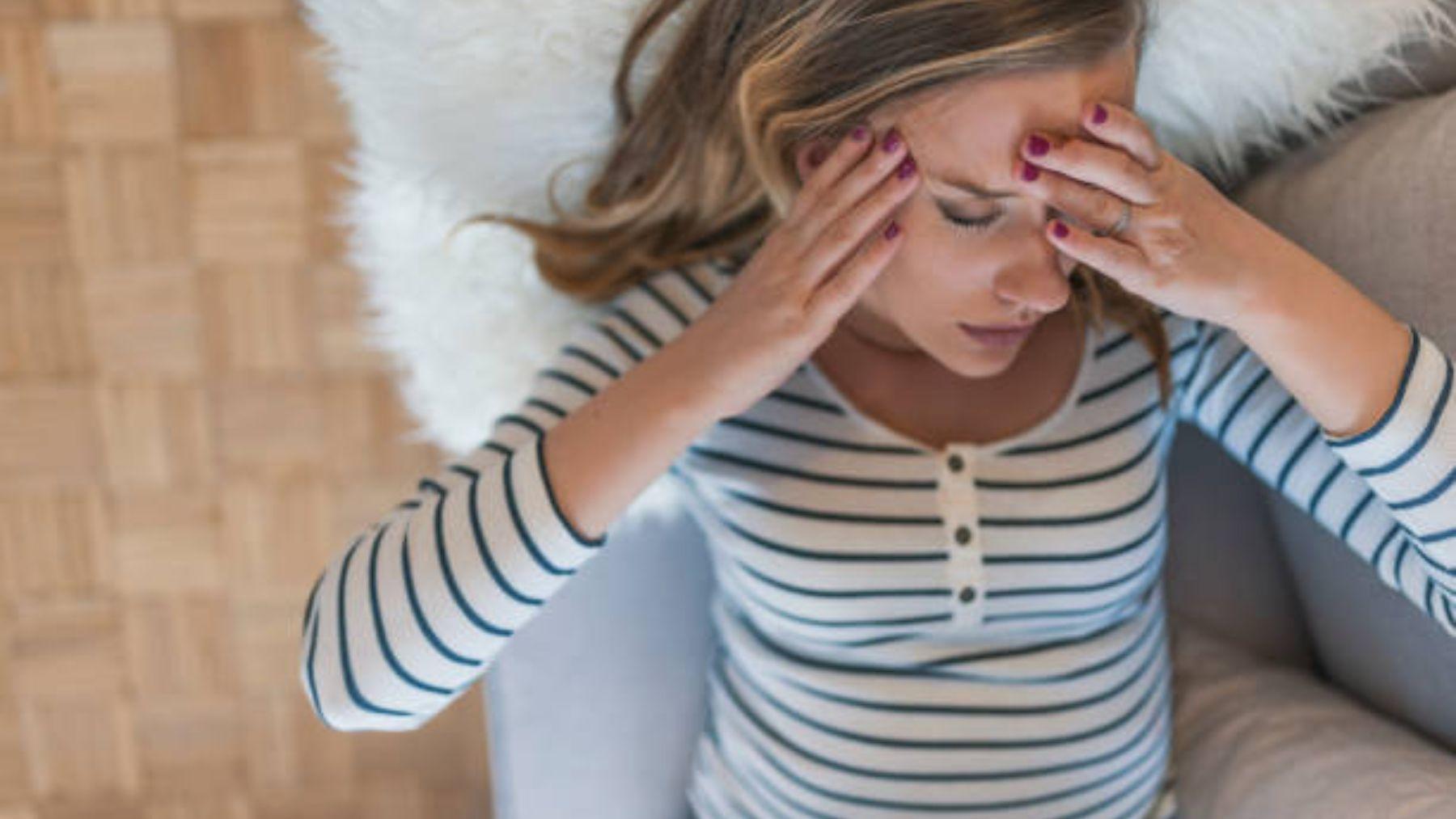 Por qué se producen y cómo tratar las migrañas en el embarazo