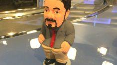 El muñeco de 'caganer' de Pablo Iglesias publicado en Twitter por el ministro Màxim Huerta.