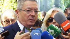 Alberto Ruiz-Gallardón, a la salida del juzgado. (Foto: EFE)