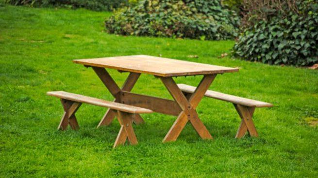 Cómo hacer una mesa de jardín con palets paso a paso