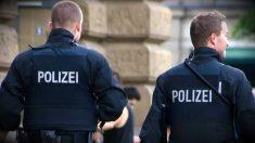 Dos agentes de la Policía de Alemania.