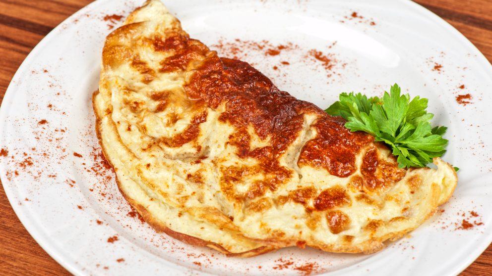 Receta de tortilla de níscalos con jamón fácil de preparar