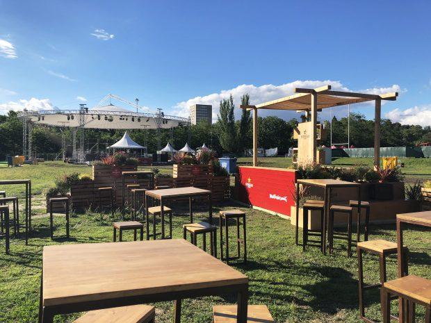 Zona gastronómica del festival Paraíso