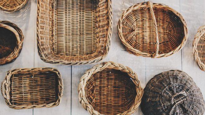 C mo decorar cestas de mimbre con diferentes ideas originales Decorar cestas de mimbre