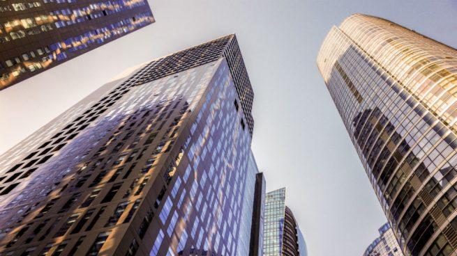 San Valentín llega a la Bolsa: Iberdrola, Ferrovial y Cellnex los valores que enamoran a los inversores