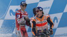 Marc Márquez y Jorge Lorenzo formarán un equipo de ensueño el año que viene en Honda. ¿Lograrán no acabar enfrentados como otras famosas duplas de compañeros de equipo? (Getty)
