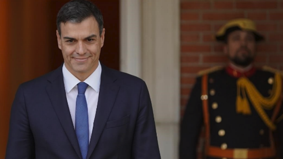 El presidente del Gobierno, Pedro Sánchez  en el Palacio de la Moncloa